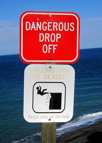 sign: falling-can-be-deadly